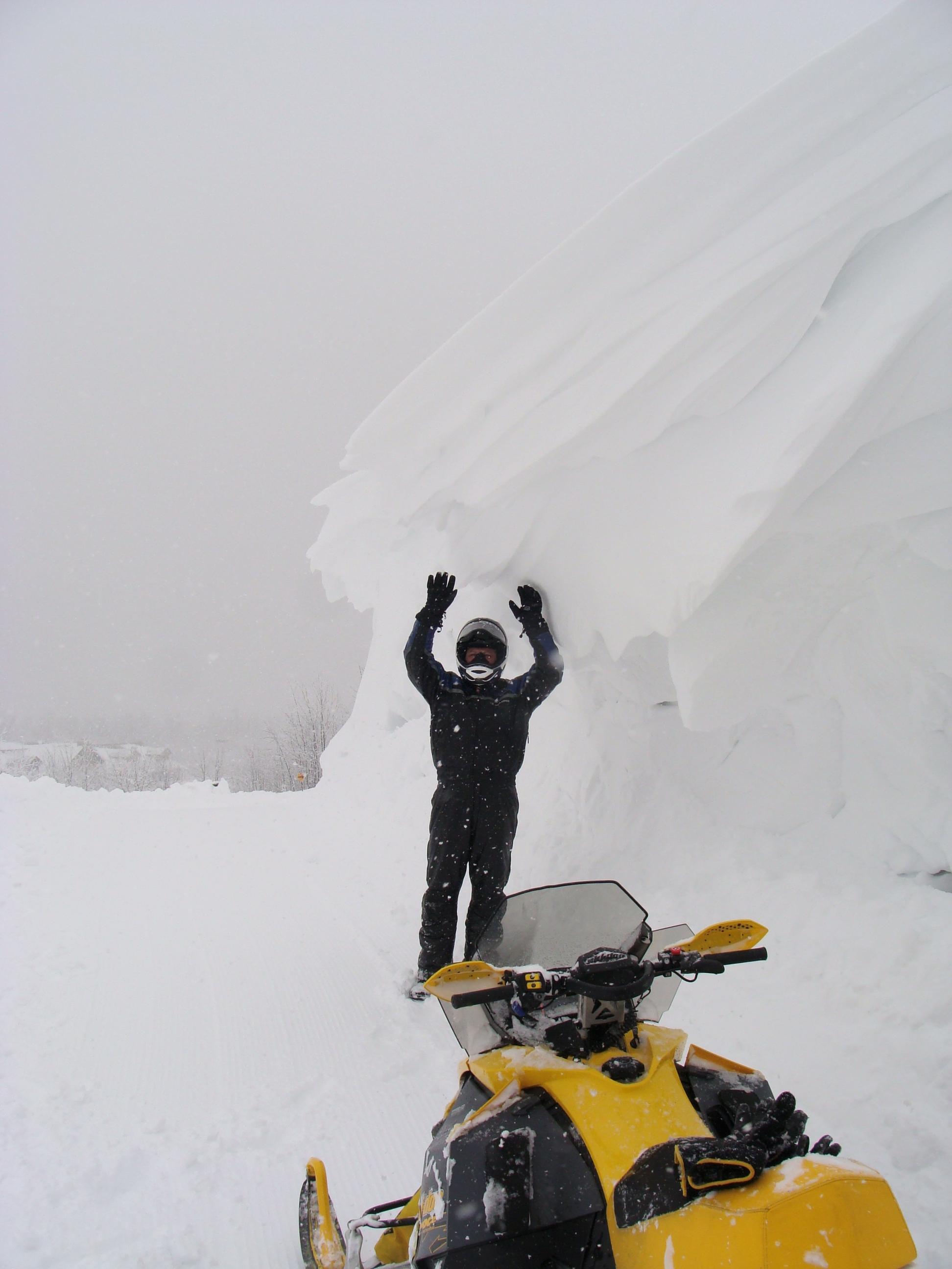 snow-038-8c46f4fcbeaa9093282817e84e4f65181df9a837